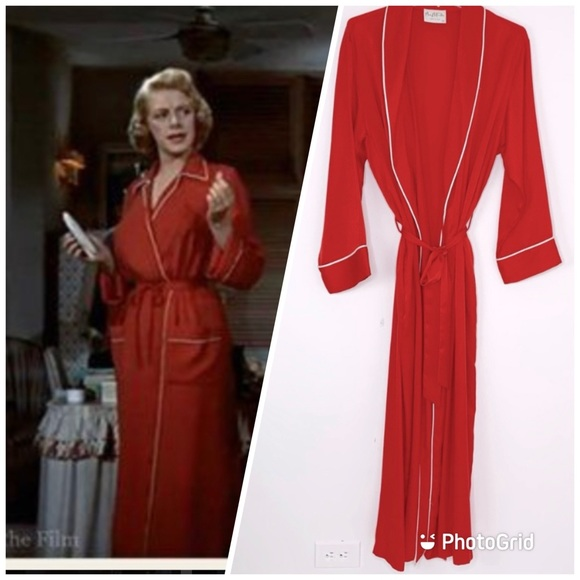 Vintage Mary McFadden silkish red long tie robe